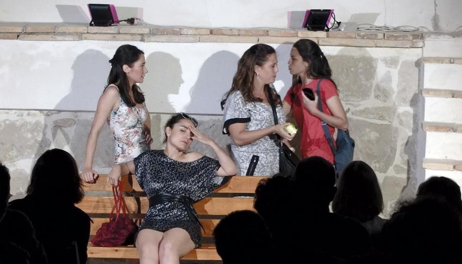 El grupo Cametes Teatre, la noche del viernes en Fondarella.