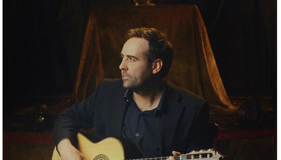 El cantautor de Solsona Roger Mas publica el disc 'Parnàs'.