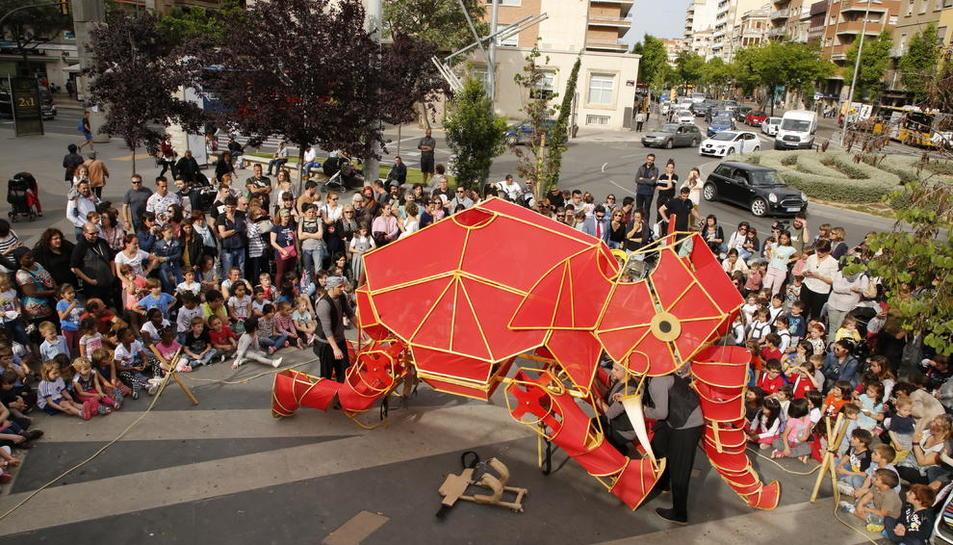 El espectáculo 'Hathi' en la XXVIII Fira de Titelles de Lleida.