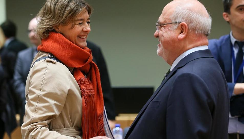Tejerina conversa con su homólogo portugués en Bruselas.