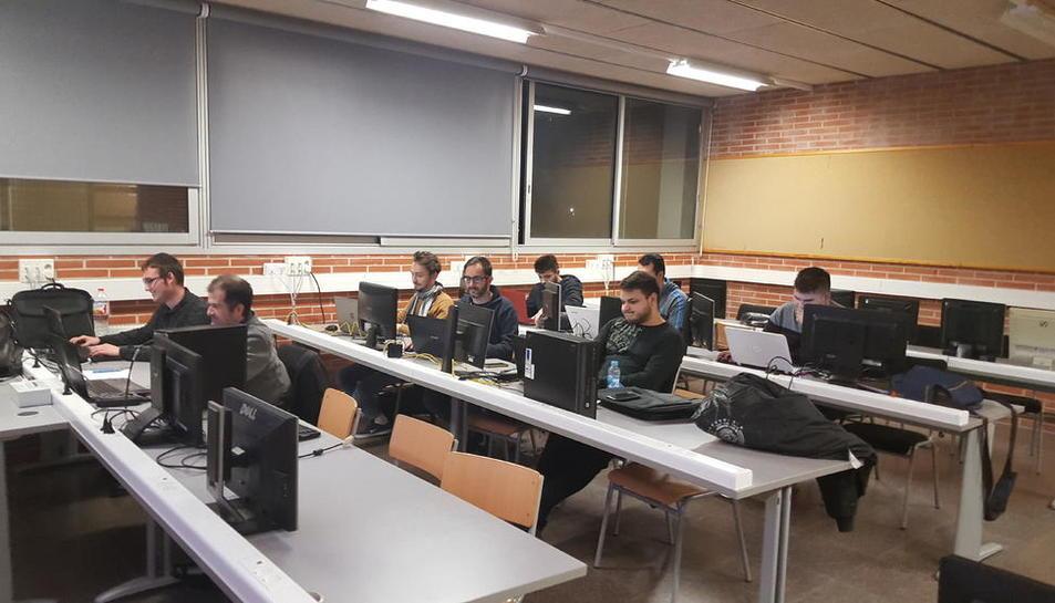 Alumnos del ciclo de la Caparrella que ha desarrollado la aplicación.