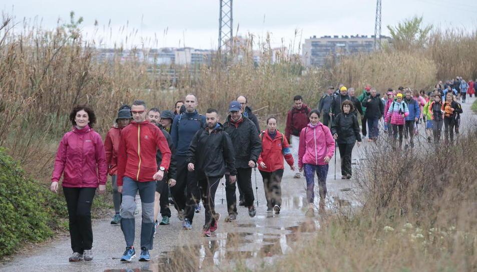 Centenars de persones van participar en la desena edició d'aquesta popular marxa pel Segrià.