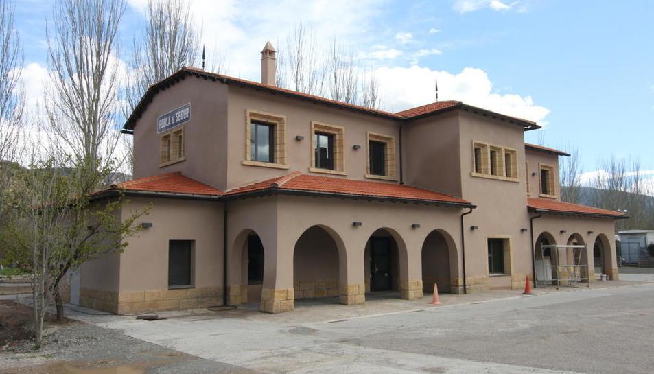 Imagen actual de la estación después de ser pintada.