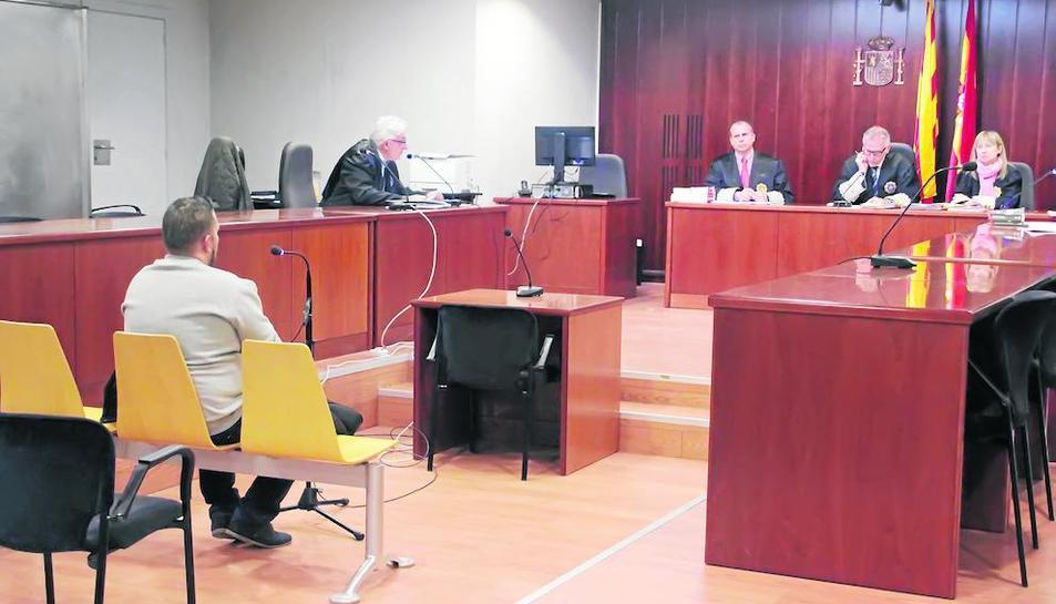 El 'falso amigo', durante el juicio en la Audiencia de Lleida.