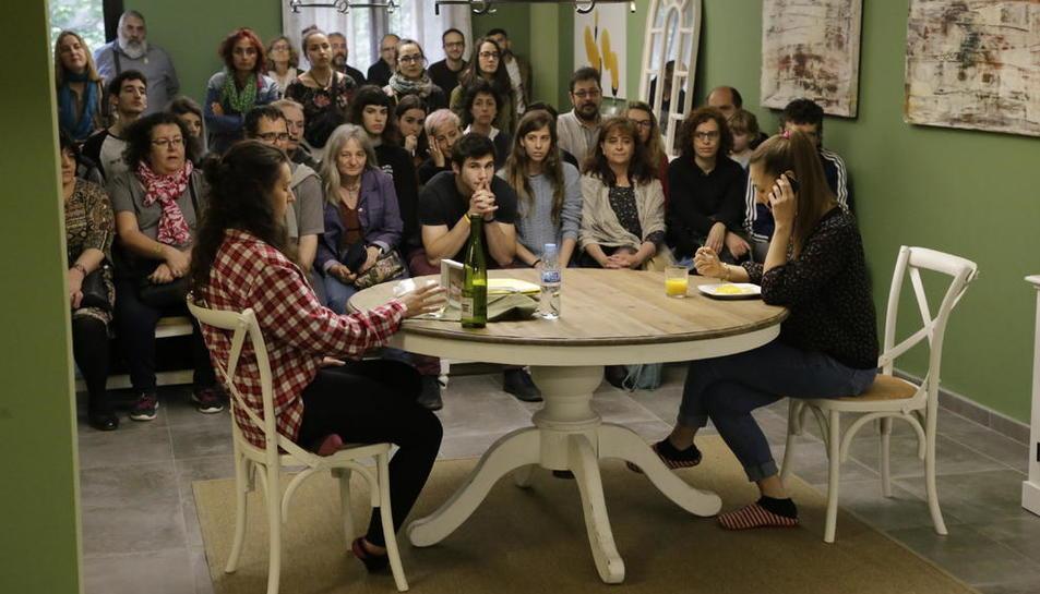 Espectacle de microteatre el mes passat a La Saleta de Lleida, a càrrec de la Cia. Apropet.