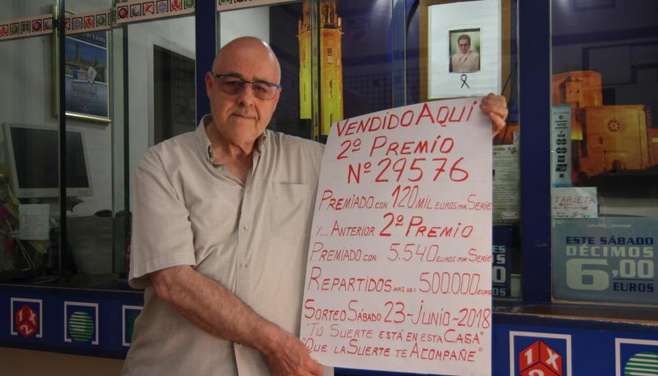 Damián Ferrer, propietario de la administración número 7 de Lleida.