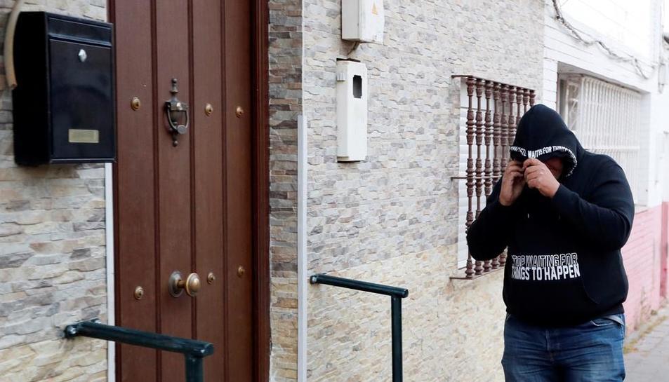 Vivienda donde reside José Ángel Prenda, uno de los condenados.