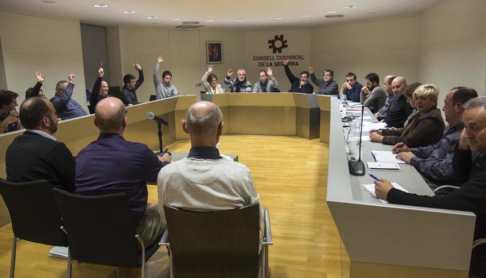 Imatge d'arxiu del ple del consell de la Segarra.