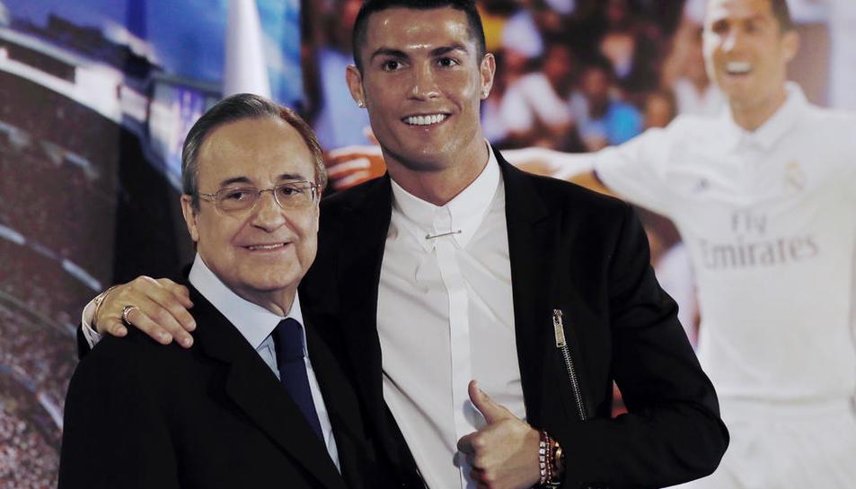 Cristiano y Florentino Pérez, en imagen de archivo.