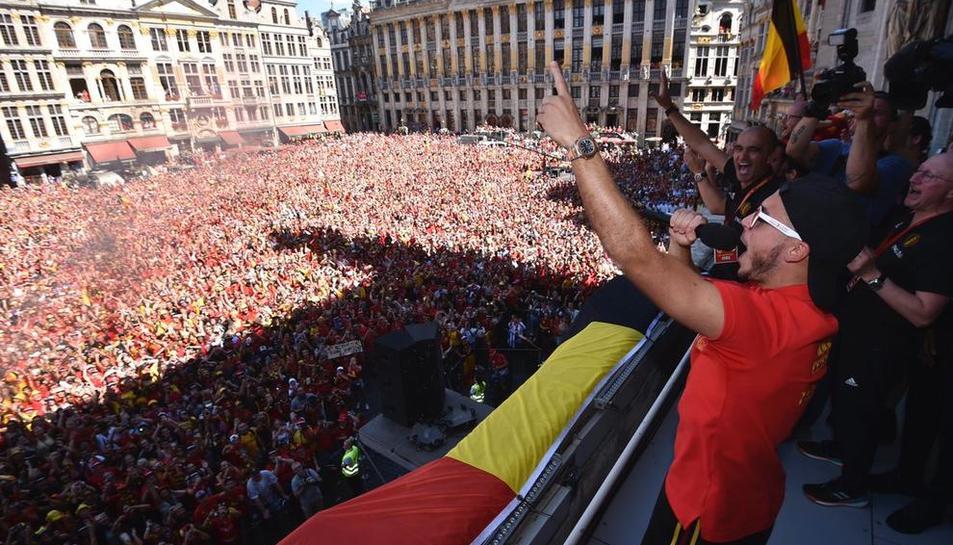 Robert Martínez i els jugadors de la selecció belga van celebrar a Brussel·les el tercer lloc.