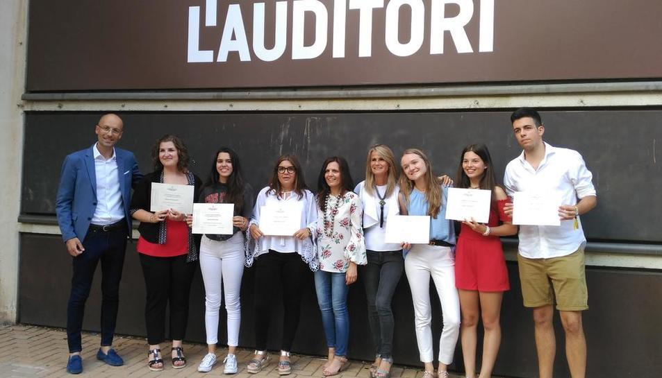 Los alumnos de Lestonnac distinguidos por su calificación en las PAU, el viernes en Barcelona.