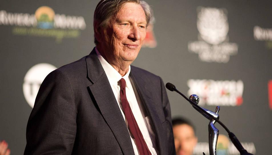 John Bailey, reelegit com a president de l'Acadèmia.