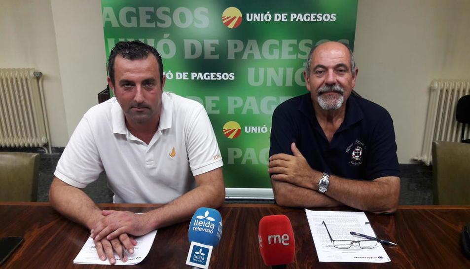 El responsable de cereals d'UP, Santi Caudevila, i el coordinador d'UP a Lleida, Jaume Pedrós.