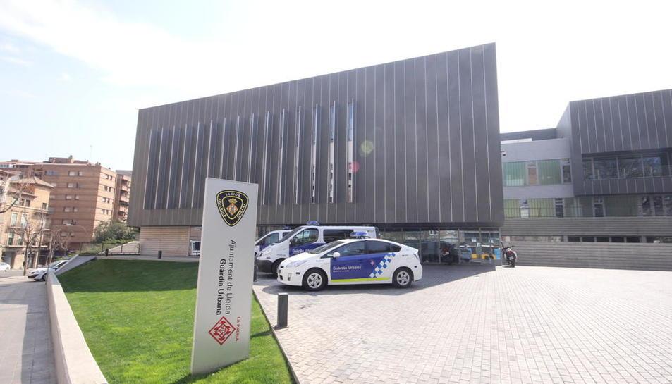 Vista general de les instal·lacions de la comissaria de la Guàrdia Urbana a Lleida.