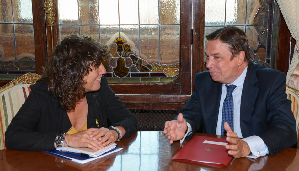 La consellera de Agricultura, Teresa Jordà, y el ministro Luis Planas se han reunido este miércoles en Madrid