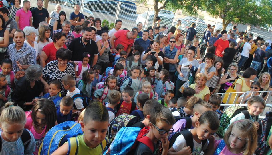 Imatge d'arxiu del primer dia de classe en una escola de Mollerussa.