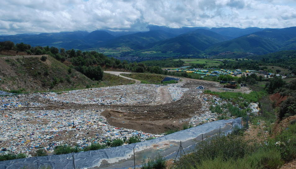 Imagen de archivo del vertedero de Benavarre, propiedad de la Mancomunitat de l'Urgellet.
