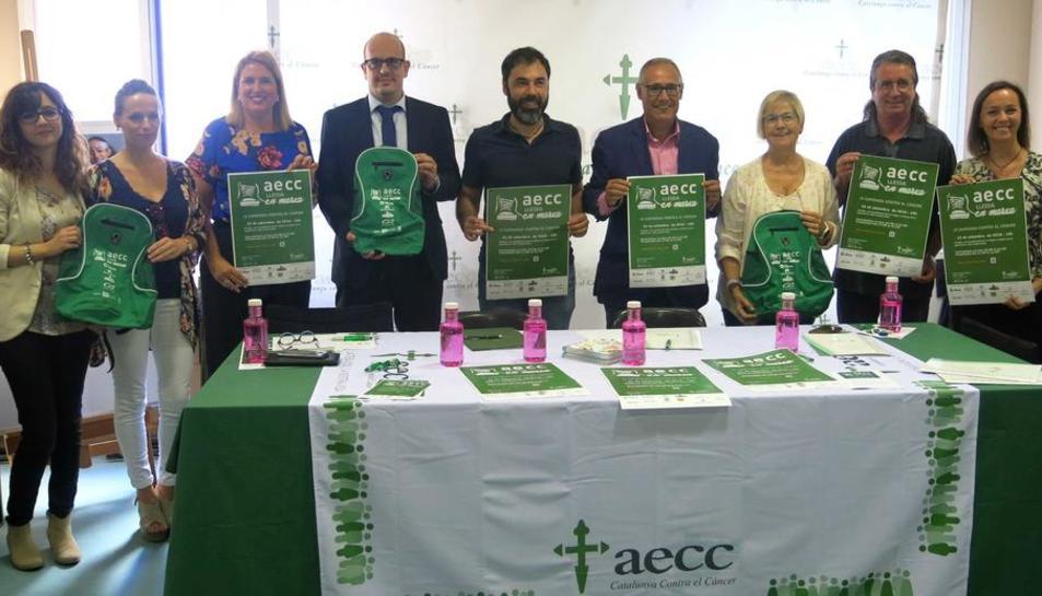 Presentació ahir de la marxa a la seu de l'AECC Lleida.