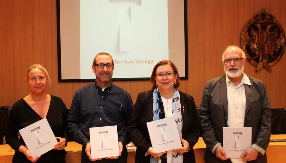 Presentación del libro gráfico, ayer en el ayuntamiento de Tàrrega.