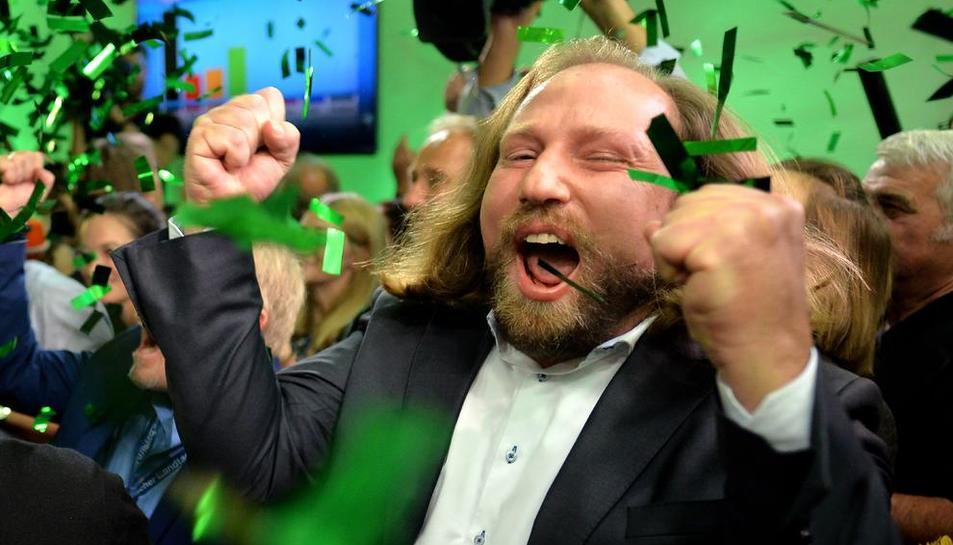 Euforia entre los seguidores del partido ecologista, que ayer fue la segunda fuerza más votada.