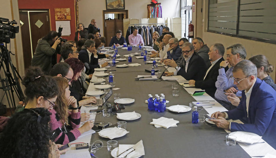 L'alcalde va mantenir ahir una trobada amb la premsa organitzada pel Col·legi de Periodistes.
