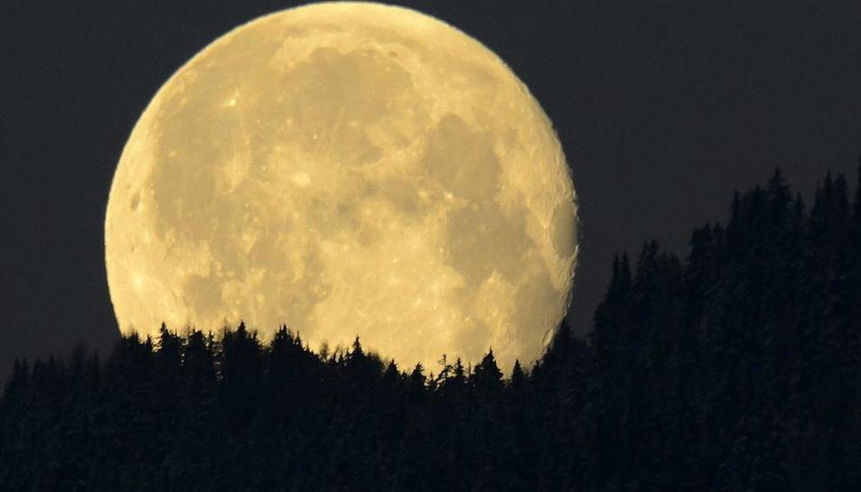 La sonda china deberá explorar la cara oculta de la luna.