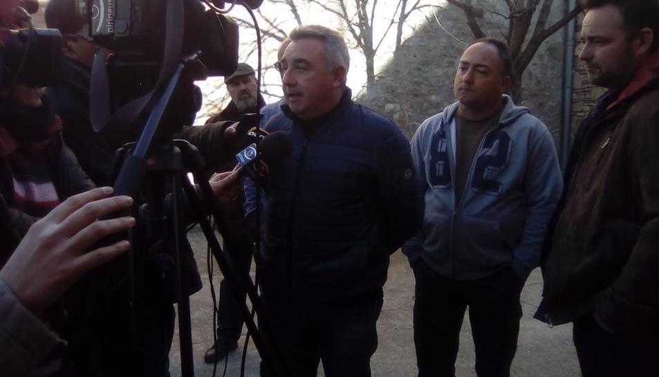 Pere Roqué, president lleidatà d'Asaja, a la sortida del jutjat de Tremp.