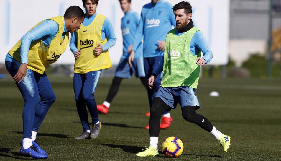 Messi, ahir durant l'entrenament de la plantilla barcelonista a Sant Joan Despí.