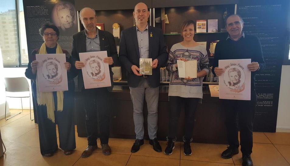 Presentación ayer en el biblioteca Margarida de Montferrat de Balaguer del Any Teresa Pàmies.