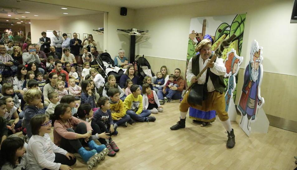 La pera de Lleida, protagonista d'un nou conte infantil