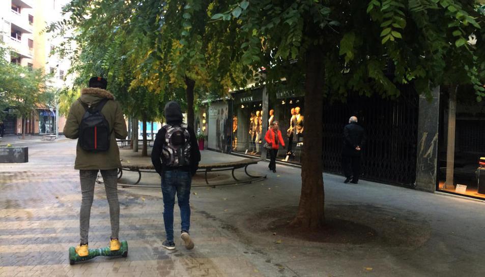 Entra en vigor la nova regulació per a la circulació de patinets a Lleida