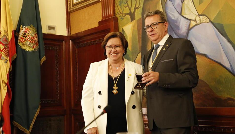 Perelló con el presidente de la Diputación, Joan Talarn (ERC).
