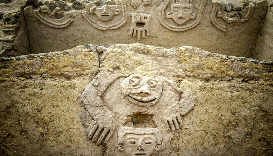 Un sapo humano, nuevo hallazgo de la 'urbe' más antigua de América