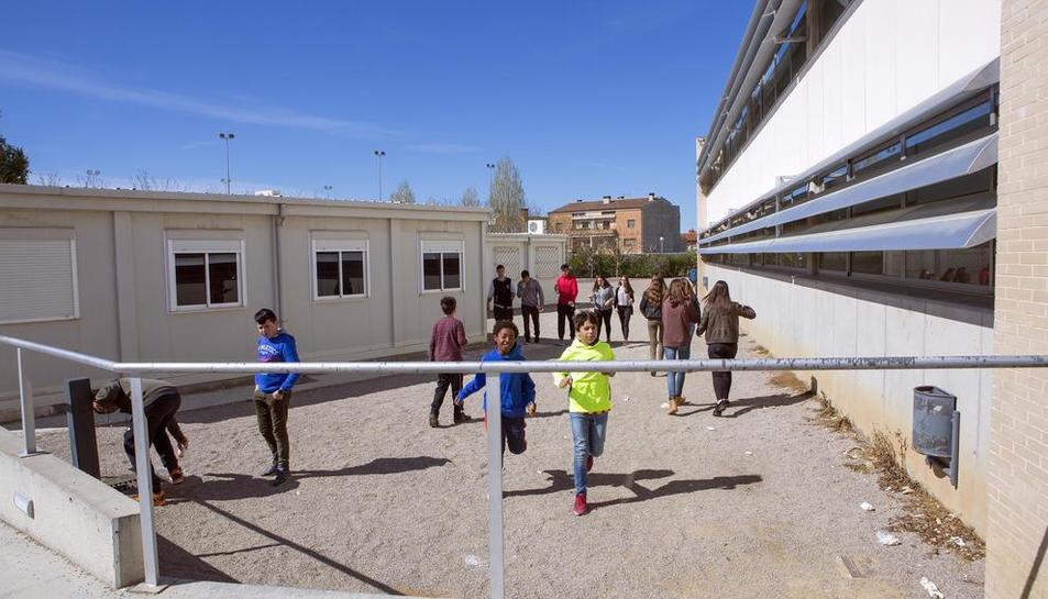 Els barracons de l'institut no desapareixeran amb l'ampliació.