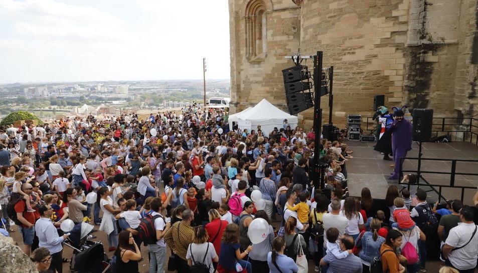Un moment de la festa d'inici del curs escolar del Club Banyetes, ahir, a la Seu Vella de Lleida.