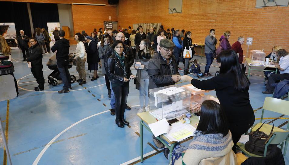 Les meses situades a l'institut Josep Lladonosa de Lleida.