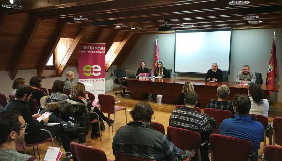 La presentació de la iniciativa al Conselh Generau.