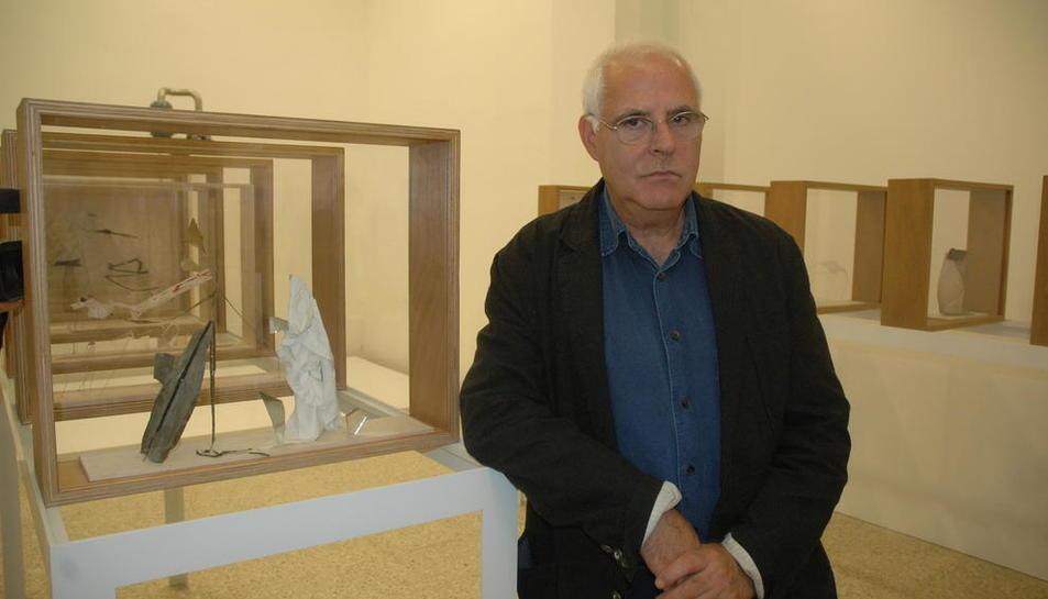 Exposición de Antoni Llena en 2005 en las salas del Museu Morera de Lleida.