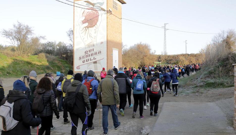 Els participants van poder observar els murals artístics que han fet que Penelles s'hagi convertit en un referent turístic.