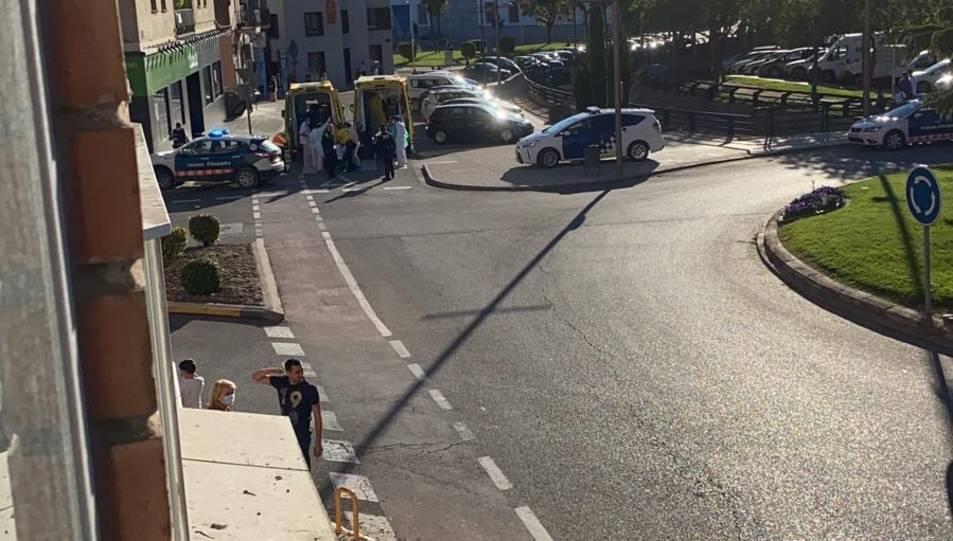 La caiguda es va produir a les 19.30 hores de dimecres a l'avinguda del Canal.