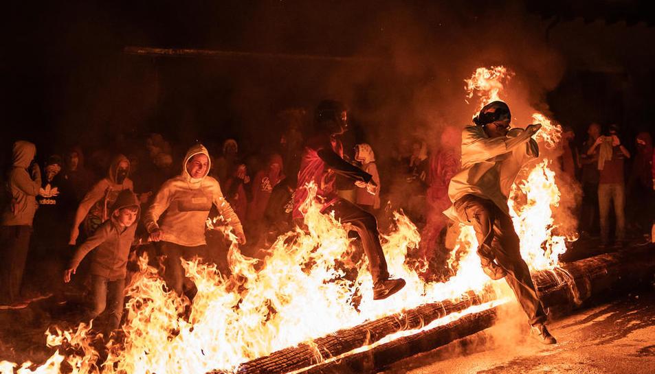 Imagen de archivo de la fiesta del fuego de Arties e Garòs.
