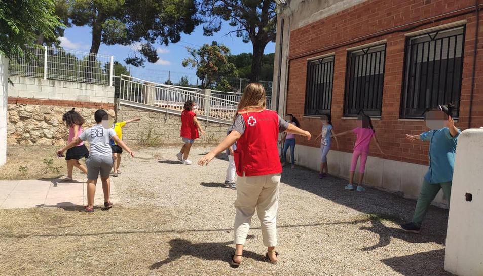 Las actividades se han reducido a grupos de máximo 10 niños y niñas como medida de seguridad.