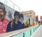 El col·legi Espiscopal de Lleida i l'institut Torre Queralt van presentar sengles murals en els quals han col·laborat els alumnes al costat d'artistes locals.