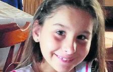 La familia de Nadia Nerea pide más ayuda para poder operarla en Estados Unidos