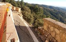 Paso alternativo en la vía de Cambrils a Odèn al caer una roca