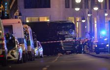 Al menos nueve muertos por un camión en un mercado en Berlín
