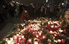 Estado Islámico se atribuye la masacre del mercado navideño de Berlín, con 12 fallecidos