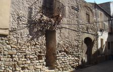 Peramola invierte 6.000 euros en restaurar El Castell y pide su titularidad