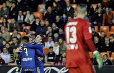 El València cau golejat a casa davant del Celta i l'afició esclata contra Lim