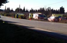 Heridos al volcar una ambulancia en Les Borges